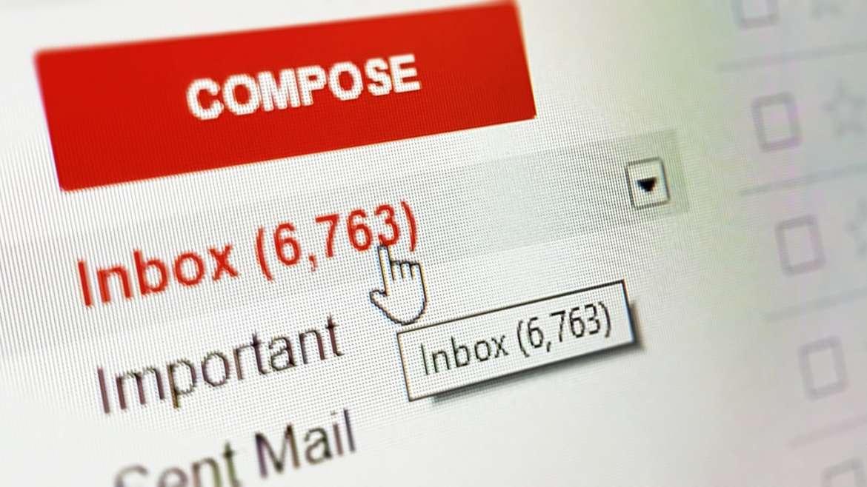 E-mail schrijven naar een groep? Voorkom frustraties; verwar CC niet met mail BCC.